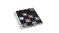 Kaseta do przechowywania 20 monet oraz kapsuł o średnicy do 50 mm.