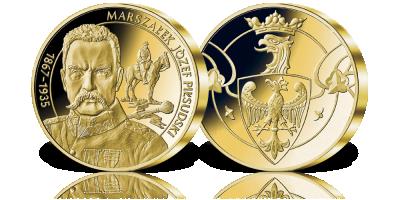 Józef Piłsudski na medalu o imponującej średnicy