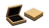 eleganckie-drewniane-pudelko-kolekcjonerskie-na-jeden-numizmat-kwadratowe