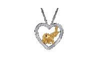 Naszyjnik z zawieszką w kształcie serca.