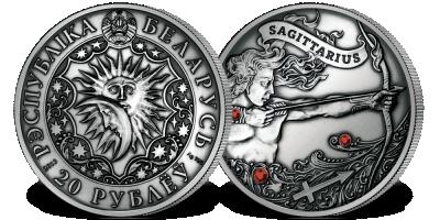 Strzelec - znak zodiaku na srebrnej monecie ozdobionej kryształkami Swarovskiego
