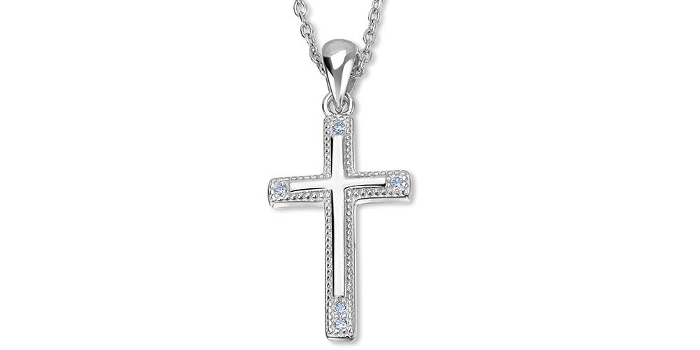 Srebrny krzyżyk na łańcuszku, zdobiony kryształami DiaFlame